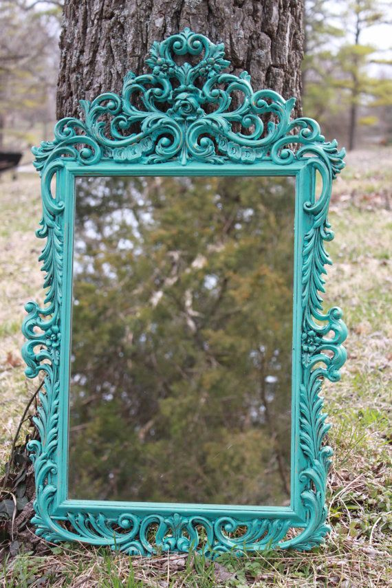 O.M.G.  Really?? How perfect is this mirror?!    Do you want that perfect assessory that finishes off the perfect room? Our vintage ornate mirror