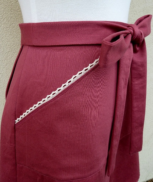 A Stitching Odyssey: Miette skirt in deep blush