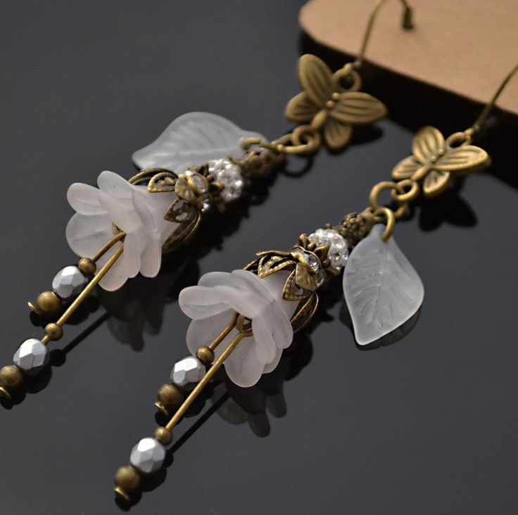 Victorian Style Glass Antique White Wedding Lucite Flower Butterfly Earrings