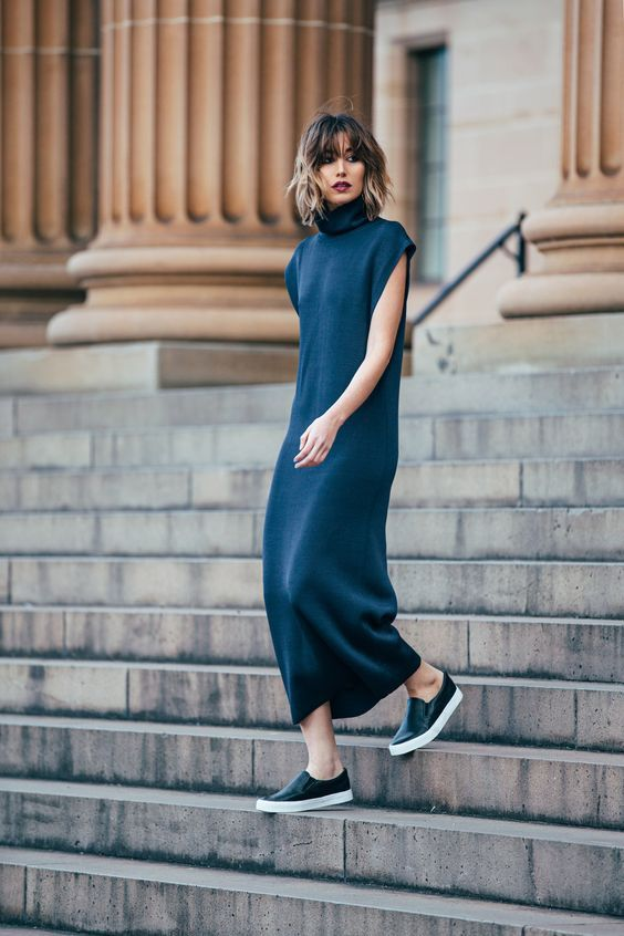 Streetstyle-dress-and-sneakers-04