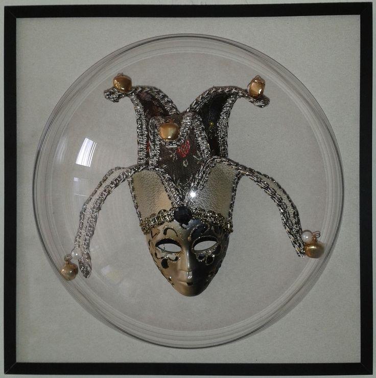 Maska rodem z Wenecji wygląda bardzo imponująco
