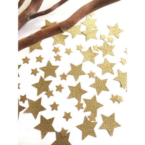 ★ Twinkle Twinkle Star peu ★   Ce Confetti étoile ressemble mon chéri dispersés sur un panier de table ou un dessert ! Parfait pour les fêtes danniversaire, de douches nuptiales et de douches de bébé !   ❤ sil vous plaît noubliez pas de lire la description complète avant dacheter.  Si vous avez des questions, nhésitez pas nous contacter ! ❤    TAILLE :  Il y a deux tailles différentes dans ce pack   1.25  5/8     MATÉRIEL :  Tous les confettis sont réalisés avec une qualité acide…