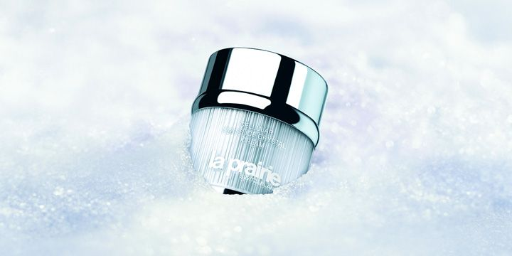 A review of the Cellular Swiss Ice Crystal Cream from @laprairie_usa  http://www.threadandmirror.com/magazine/la-prairie-cellular-swiss-ice-crystal-cream  #laprairie #beauty #beautyroutine #bbloggers #review #moisturiser #swissicecrystal #threadandmirror