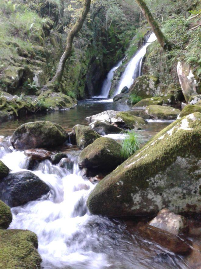 Catarata en La Cascada de Santa Leocadia-mazaricos-coruña
