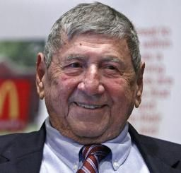 ビッグマック考案デリガッティ氏死去 98歳 | 河北新報オンラインニュース