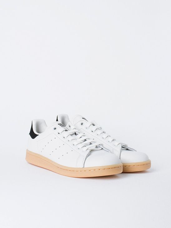 Women s Sneakers   Picture Description APLACE Stan Smith Crystal White – Adidas  Originals -  Sneakers 3e921d2f32