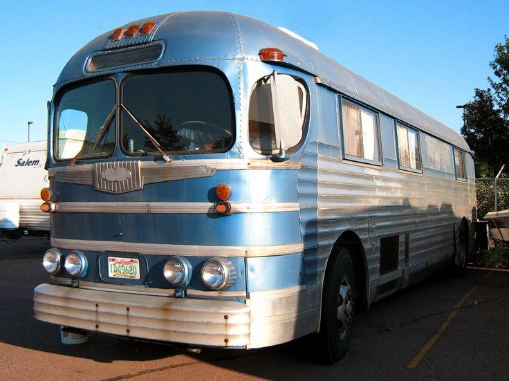 Bus Wohnmobil - die Legende lebt weiter - Bild & Foto von Detlef Neumann aus US-cars - amerikanische Autos - Fotografie (19956482)   fotocommunity
