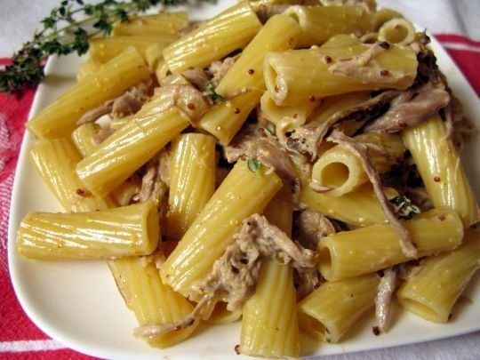 Rigatoni with (leftover) shredded pork in a mustard thyme cream sauce.  HOLY CRAP WAS THIS GOOD!!  I don't even like mustard all that much, and this was amazing!  I used a whole grain grey poupon and the pork loin I made two nights prior (even though it was seriously herb encrusted)... Excellent!