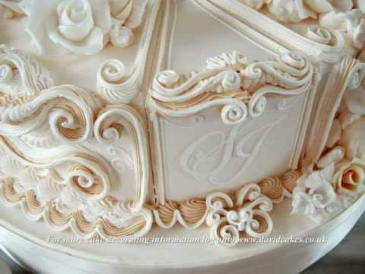 Royal Icing Cake Decorating Designs : 122 best images about inspiring cakes on Pinterest ...