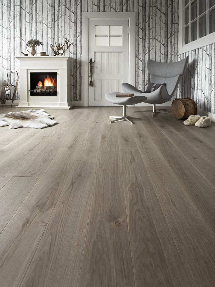 #Timberwise Oak parquet Vintage LEVI is harmonious, lightly grey colored, and stunning. #Decor #Interiordesign #Home #Mataro #Barcelona www.decorgreen.es