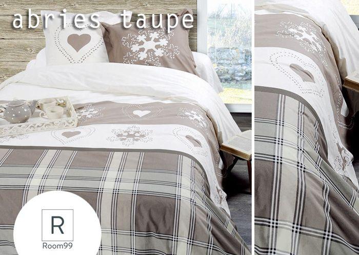 Biało beżowa pościel francuska z motywem zimowym