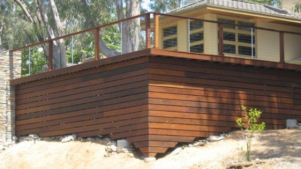 Here S A Contemporary Deck With Cable Railing And