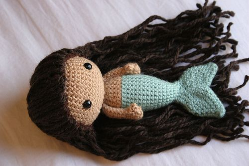 crocheted mermaid (link to Etsy to purchase pattern) LOVEEEE!!