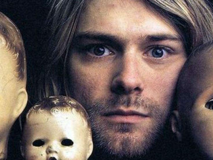 Nirvana Cover Brasil, que  relembra clássicos do grupo em lançamento de biografia de Kurt Cobain na Livraria Saraiva