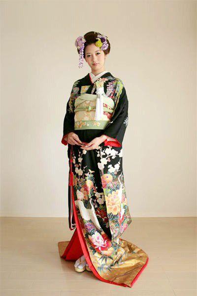 kimono 着物 黒引振袖 #japan #kimono #wedding #結婚式 #着物 #和装 #黒引振袖