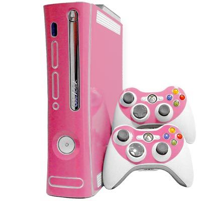 Pink Xbox 360. Playing Halo in style <3