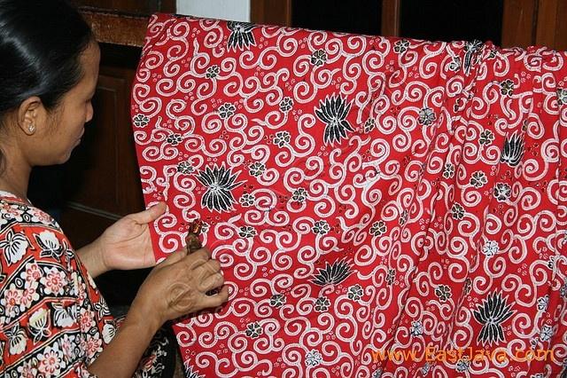 Traditional Batik - Trenggalek - East Java by eastjava.com, via Flickr