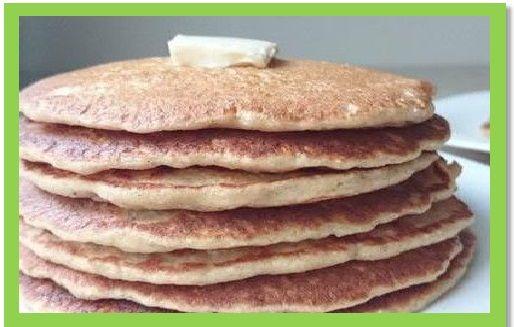 Un desayuno nutritivo Pancakes de Avena o con fruta