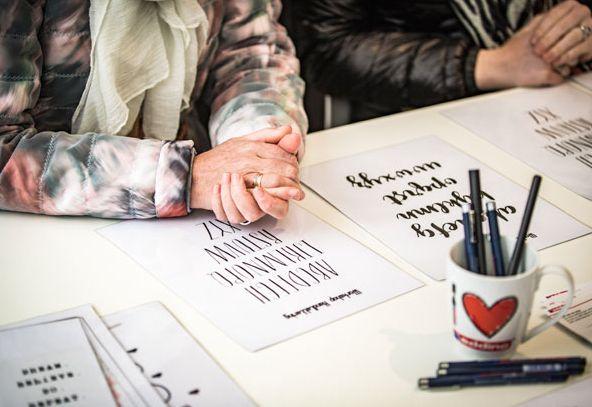 Wil jij ook als eerste weten wanneer er nieuwe workshopsgepland staan? En dus ook als eerste in kunnen schrijven? Maak dan je Libelle-account aan en schrijf je in voor de nieuwsbrief! Het is vanaf 1 mei mogelijk om je in te schrijven voor de workshops! Zomernagels Mooie, gezonde nagels met een vrolijk kleurtje, dat willen…