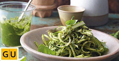 Cuketa so zelenou špargľou a pistáciovým pestom