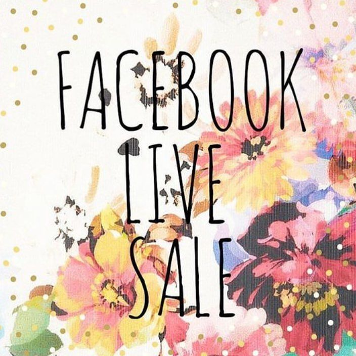 Join me tonight for my first live sale on Facebook! 10 pm Central. Link in my bio. I'll be unpacking a gorgeous box of new inventory and doing requests. See you tonight! #lularoe #lularorsale #facebook #facebooklive #shopping #fun
