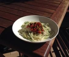 Recipe 5 Minute Creamy Raw Pasta by CaitlynJones - Recipe of category Main dishes - vegetarian