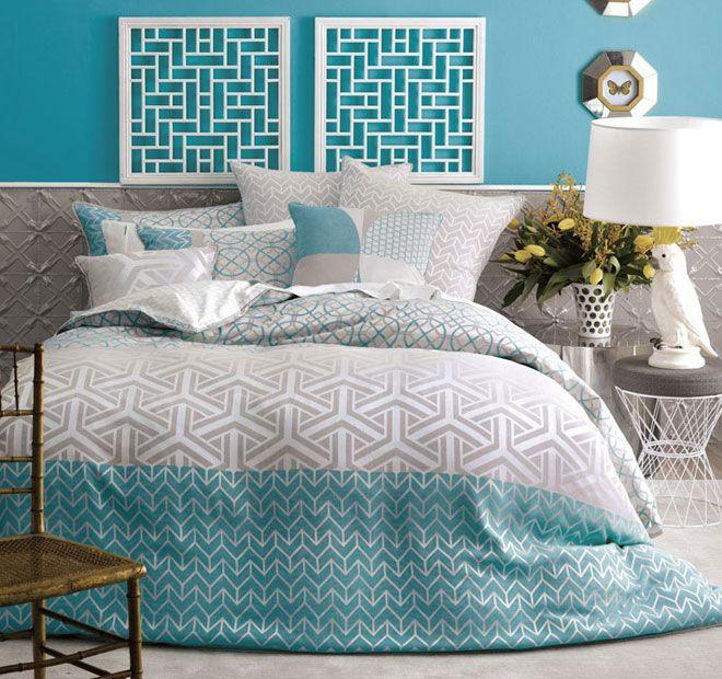 Aqua Linen House Saffron Quilt Set   <3