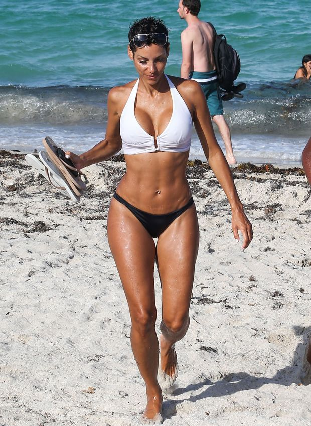 Business. Nicole murphy nake body