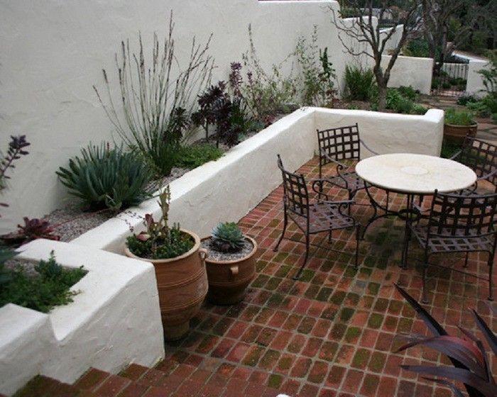 Jardin Mediterraneen 90 Idees Pleines De Soleil Archzine Fr Amenagement Paysager Pour Petite Arriere Cour Jardin Mediterraneen Jardin Patio