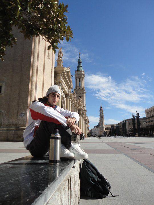"""Fernando Ghirardotti, alumno de Administración, cursó un semestre en la Universidad de Zaragoza, España. Este es su testimonio: """"Mi nombre es Fernando Ghirardotti, soy alumno de la Licenciatura de Administración, y el primer semestre del año 2011 hice un intercambio en la Universidad de Zaragoza, España. Fue una experiencia inolvidable que compartí junto a tres alumnos más de la universidad con los cuáles me contacté gracias al departamento de Relaciones Internacionales de nuestra…"""