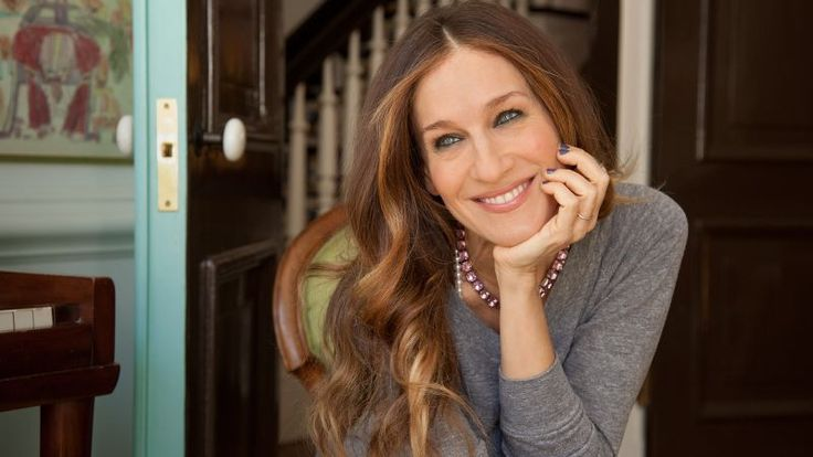 Sarah Jessica Parker answers all of our questions (well, 73 of them at least) revealing everything from her distaste for parsley, love of Greece, and bias of globes that glow. And what is kokoreç?