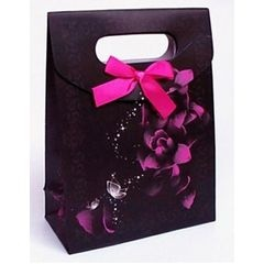 Wedding Decor, Favours and Gifts. Gorgeous Favour Bags in Pink, Purple and Black. for R10.00