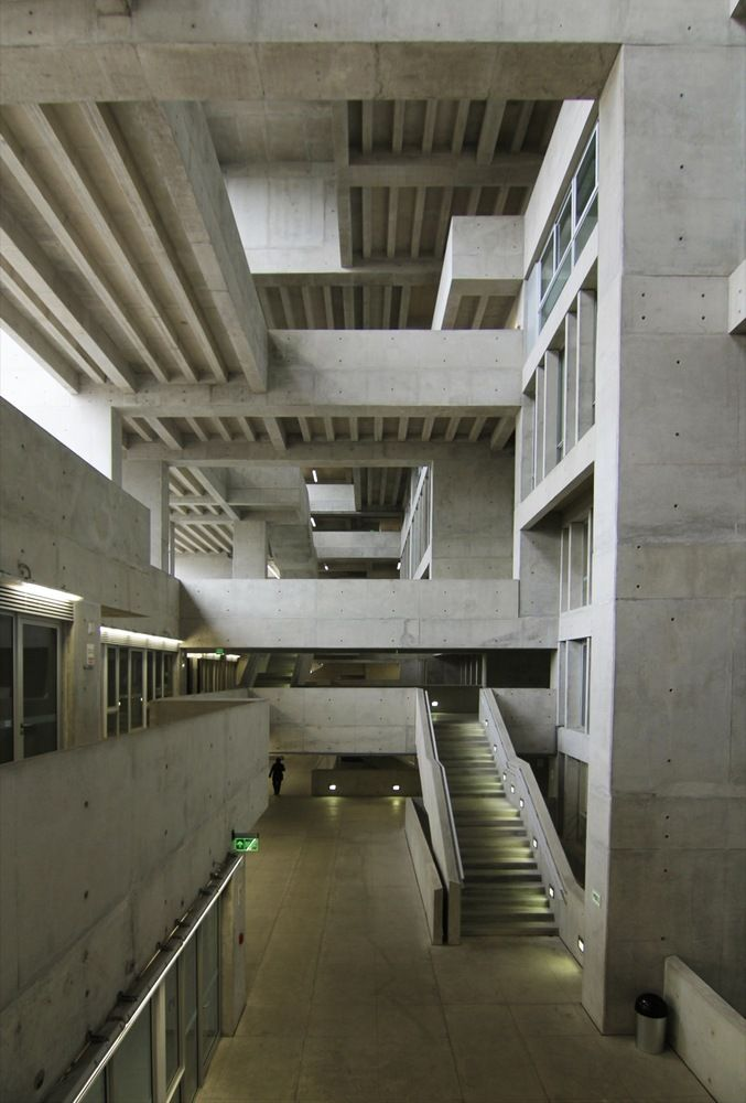 Gallery of Engineering and Technology University - UTEC / Grafton Architects + Shell Arquitectos - 9
