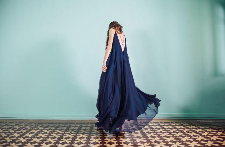 Blue Oversized Muslin Dress    Lara Khoury