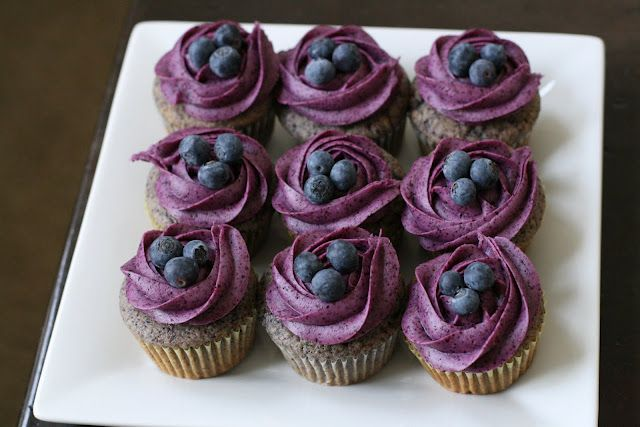 blueberry cupcakes w/ blueberry cream cheese frosting