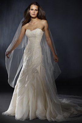 Marisa Wedding Gown Style #933