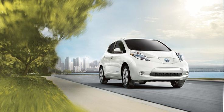 Nissan unveils details of 2017 LEAF: every trim gets 30 kWh battery and 107 miles range.