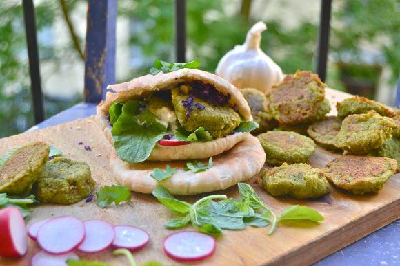 Uunissa paistetut falafelit
