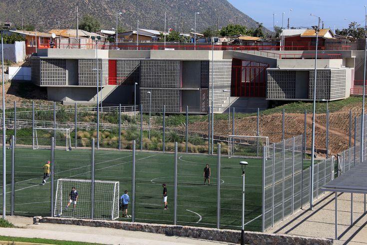 Galería de Sede Social Comunitaria / 3 Arquitectos - 4