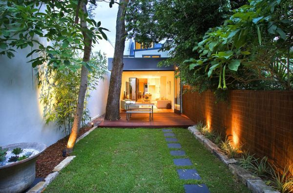 10 Inspiring Design Ideas For Tiny Backyards by Simona Ganea , posted in Outdoors, on August 8th, 2013