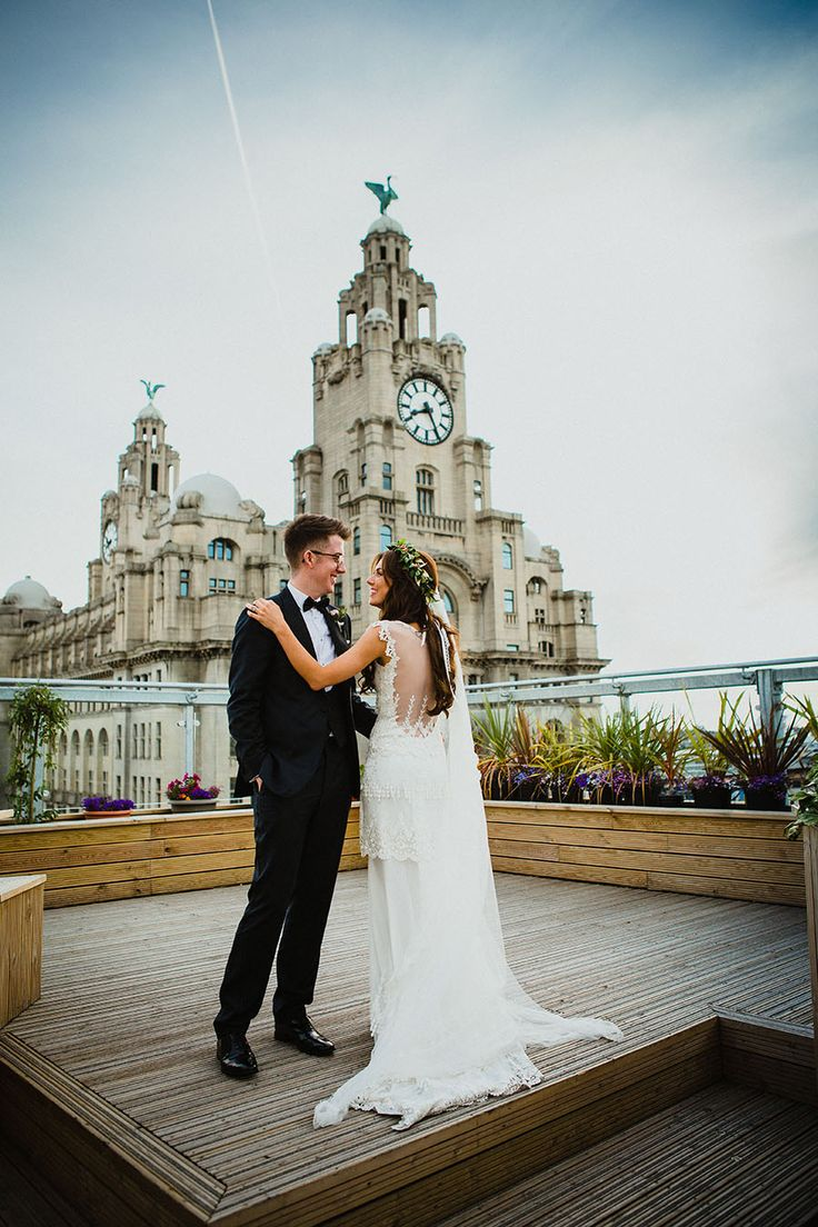 OH ME MY Liverpool Wedding Couple