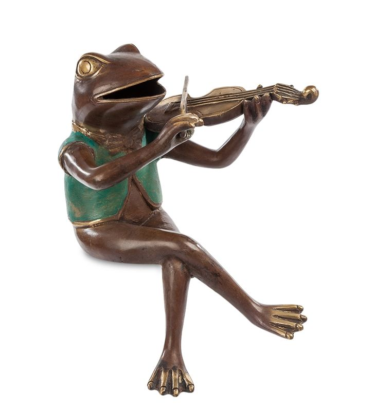 Фигурка «Лягушка со скрипкой» 43-029 (бронза, о. Бали)   Бренд: Perunggu & Emas Nasional (Индонезия);    Страна производства: Индонезия;   Материал: Бронза;   Длина: 18 см;   Ширина: 22 см;   Высота: 28 см;   Вес: 1 кг;          #statuette #figurine #bronze #Indonesia #статуэтка #фигурка #бронза #Индонезия