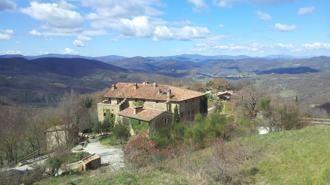 La Stampa introduces Monestevole, Eco-tourism community in Umbria, Italy