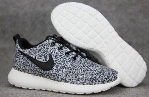 2015 June Discount Shoes Custom Floral Black Sail Nike Roshe Run Black and White Unisex