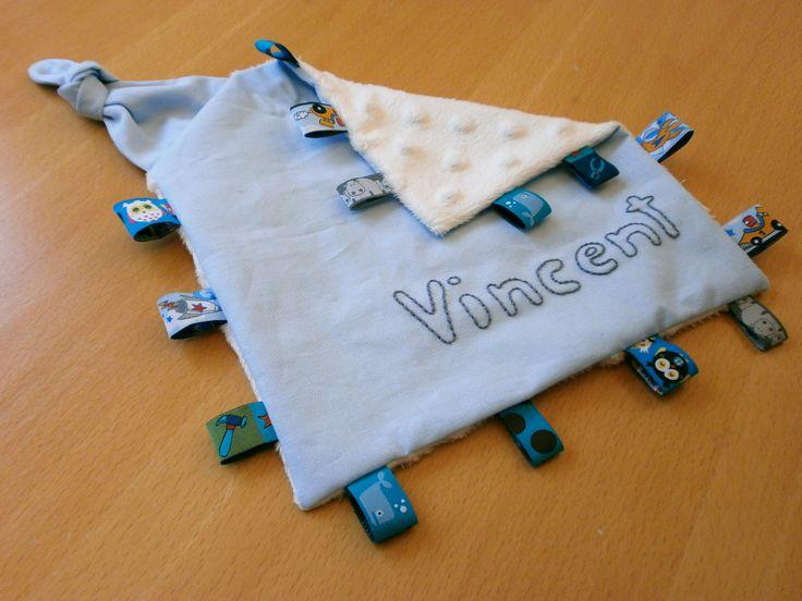 Nähanleitung für ein Labeltuch für Babys für Nähanfänger mit gratis Schnittmuster