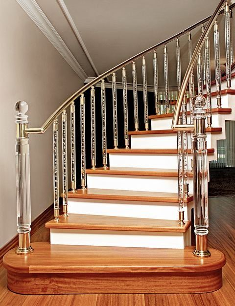 Crystal Handrail Balustrades Is Very Different For This Timber Staircase Staircase