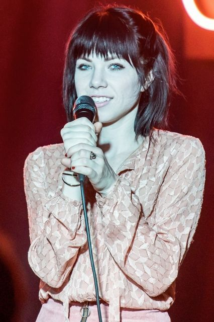 Carly Rae Jepsen just covered one of our favorite Christmas songs, and it's -perfect-