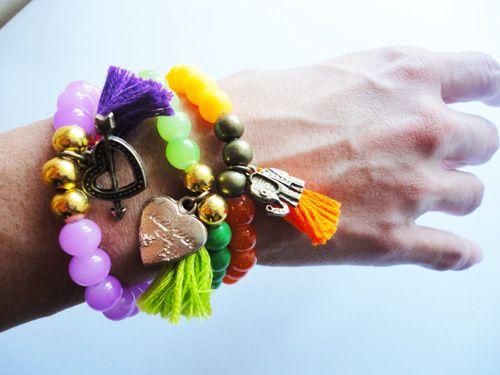 PULSERA DIJE CREACIONART,  CRISTAL CON CAUCHO.   #creacionart #accesorios #pulseras #moda