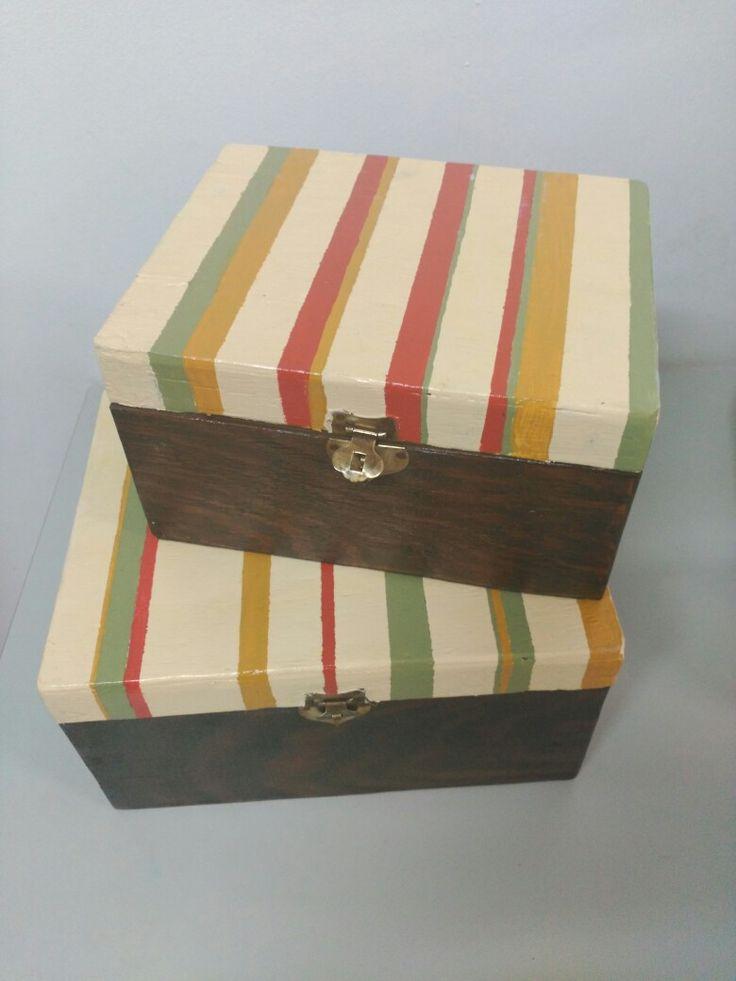 Cajas pintadas a mano manualidades en mungia - Manualidades pintar caja metal ...