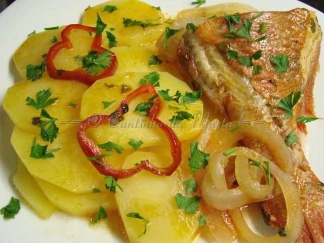 Red Fish Estufado com Pimento - Borner